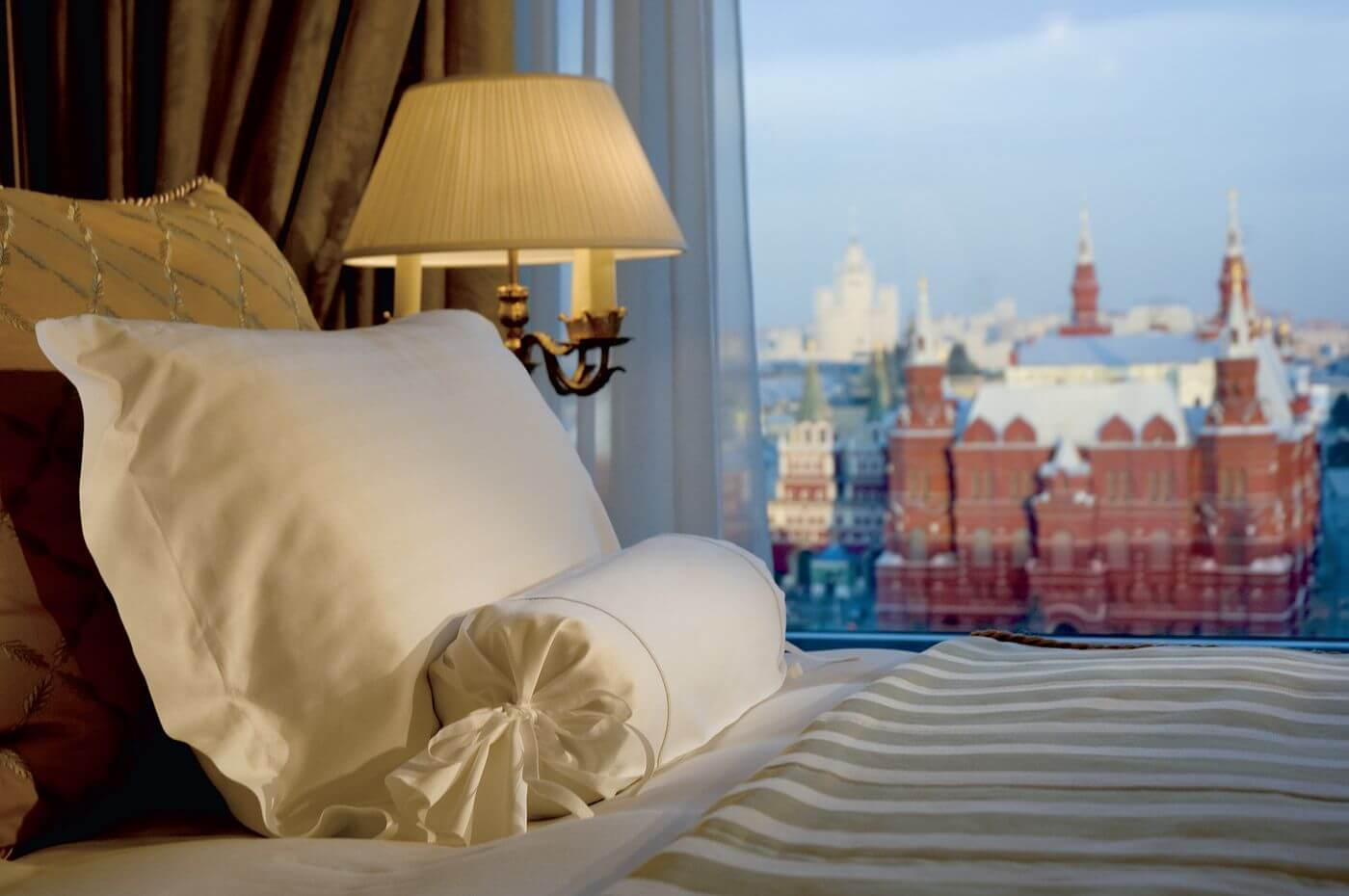 Club Room Red Square View